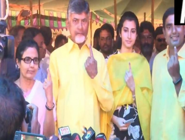Andhra Assembly elections LIVE: Delay in voting due to EVM glitches