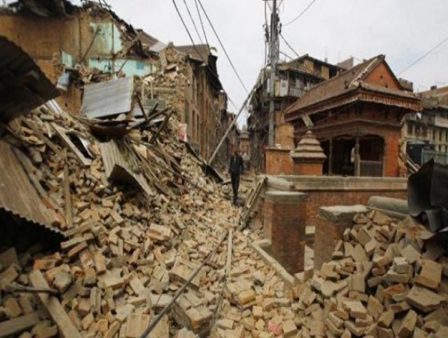Bengaluru: 2 of family injured in building collapse
