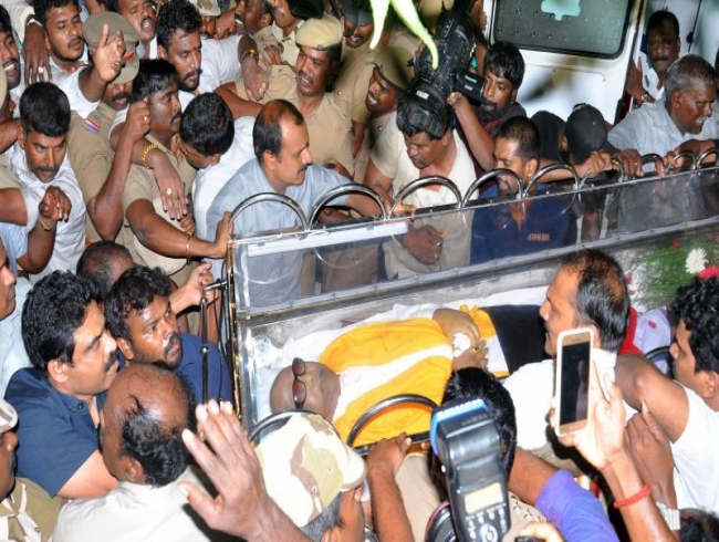 Karunanidhi will be laid to rest next to his mentor Annadurai at Marina Beach