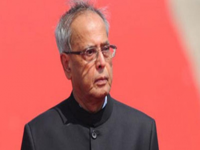 Pranab Mukherjee will attend Iftar hosted by Rahul Gandhi, confirms Congress