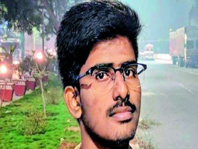 AP Medical student hangs himself, dad suspects Ragging