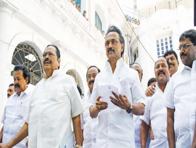M K Stalin flays Centre on 10 per cent quota issue