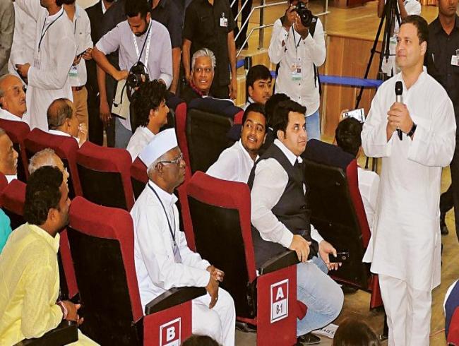 Did Rahul Gandhi eat non-veg before visiting temple?