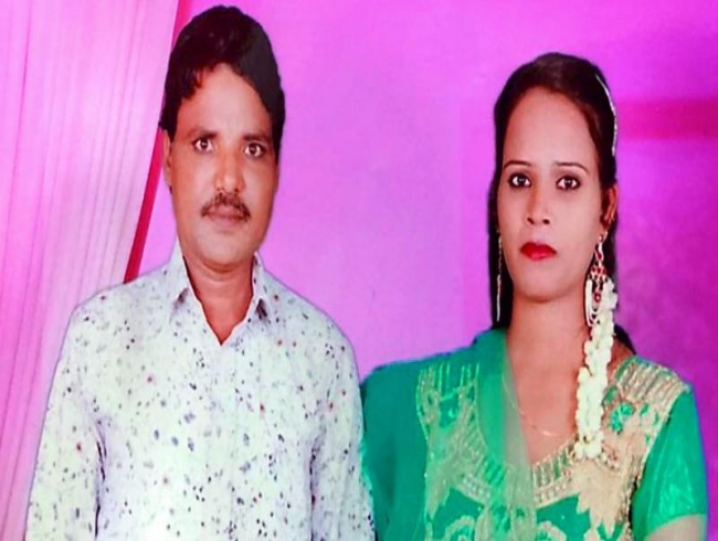 Hyderabad: Woman kills husband, dumps body on tracks