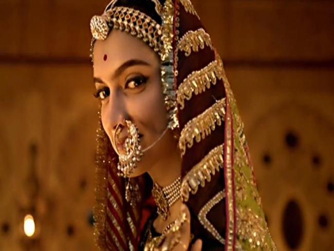 Padmavati: Deepika reacts to nose-chopping threat, Rs 5 crores bounty on her head