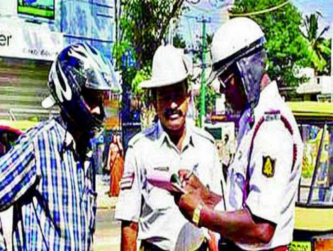 Hyderabad cops go after drivers without licence