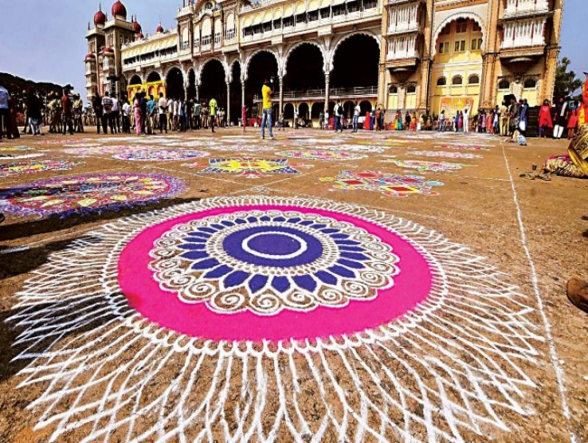 Mysuru Dasara: Mysuru Heritage Walk a big draw for young & old