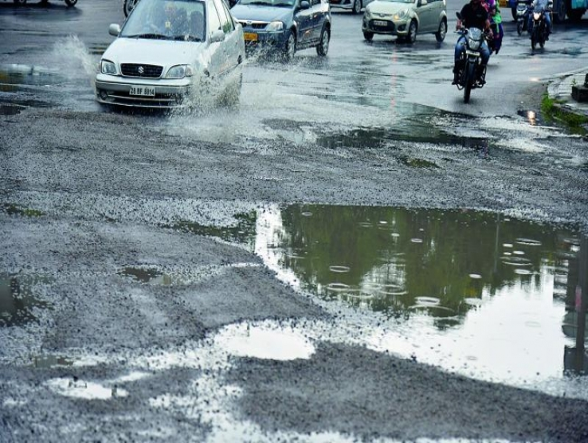 Roads are in a bad shape, admits KT Rama Rao; assures better roads