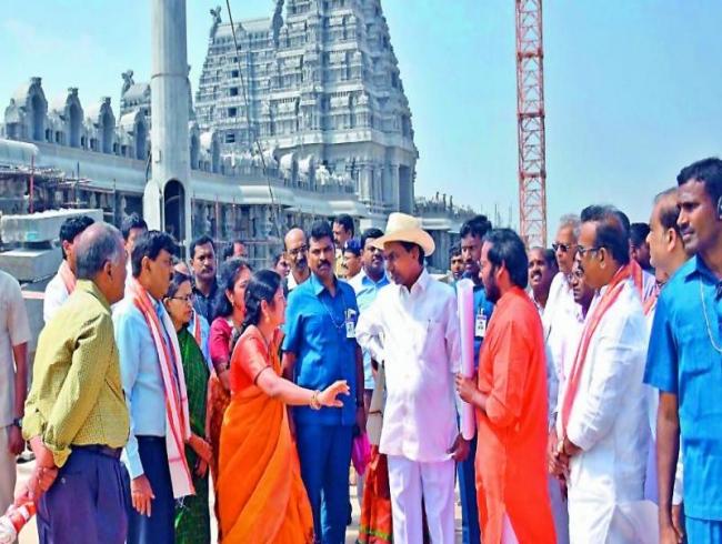 Telangana wants Centre to hike tax share