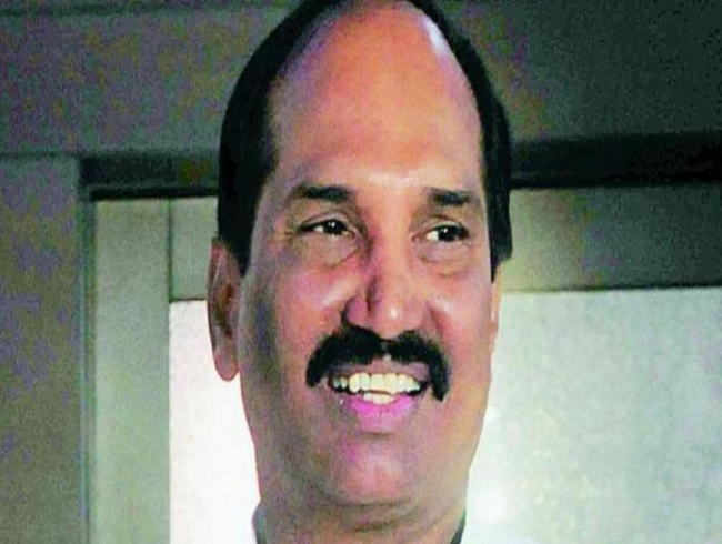 N Uttam Kumar Reddy asks TRS about Dole for jobless