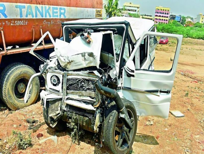 Nishith Narayana accident case: Mercedes team visits mishap spot