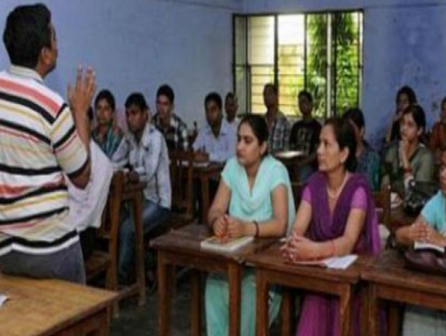 Telangana: Untrained teachers asked to pull up their socks