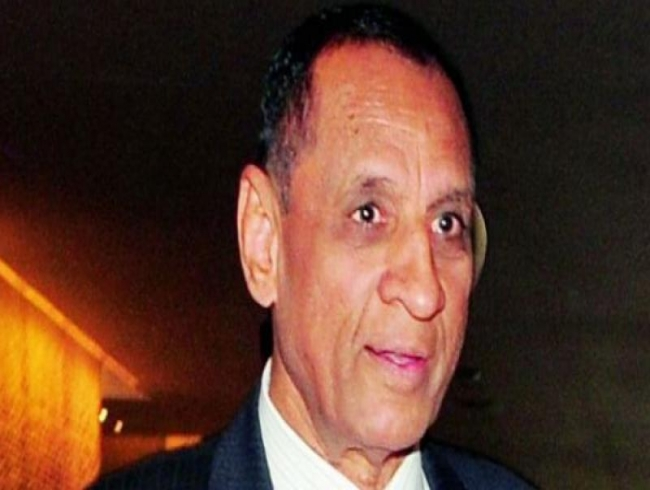 Governor ESL Narasimhan dismisses spar with Congress as family matter