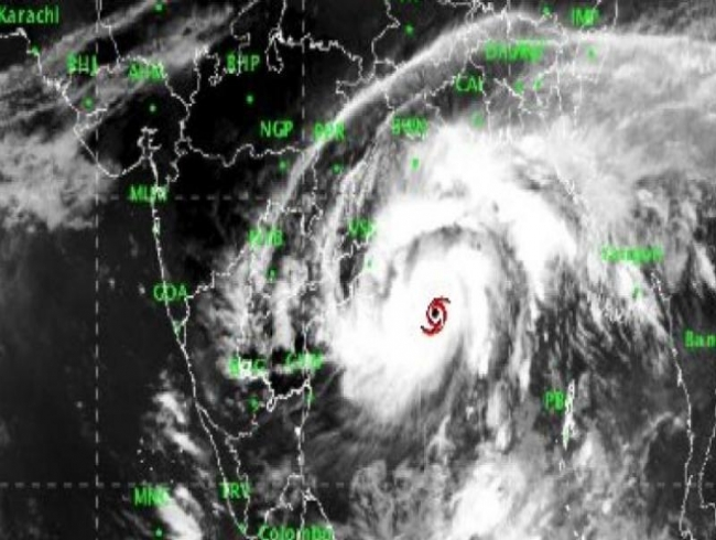 Cyclone Titli intensifies, Odisha govt starts evacuation in 5 districts
