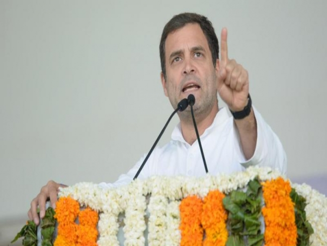 'Fear rampaging through PM Modi's mind': Rahul on CBI chief removal