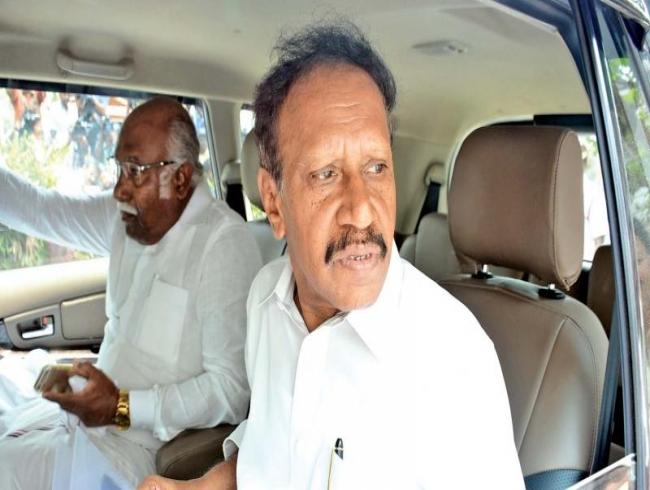 M Thambidurai calls on Ch Vidyasagar Rao and Edappadi K. Palanisami