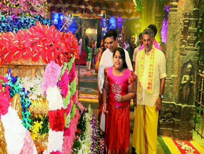 KT Rama Rao's own temple run surprises party ranks