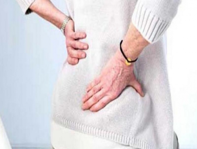 People suffering from back pain more likely to smoke and consume alcohol: study