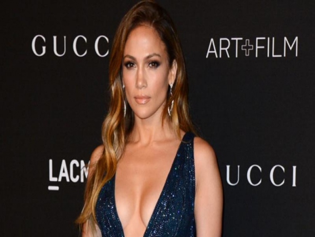 Jennifer Lopez joins hands with Inglot to create new makeup line