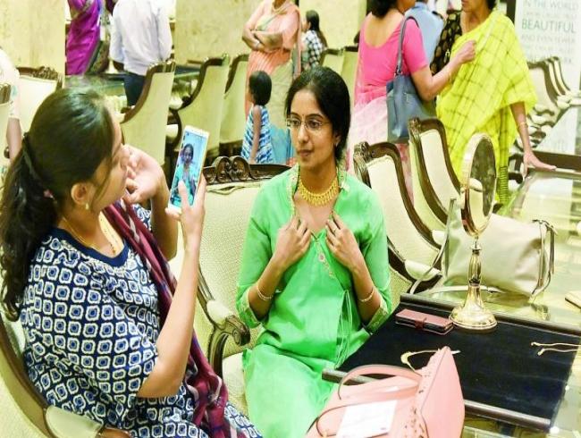 Gold rush for Akshaya Tritiya!