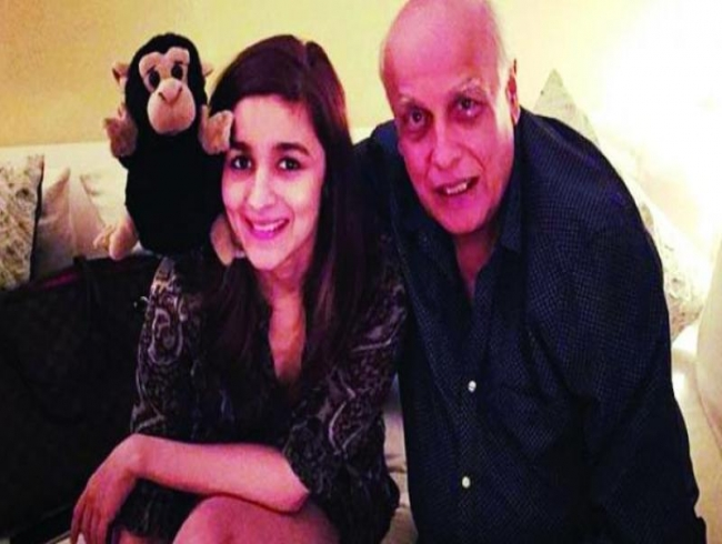 After Mahesh Bhatt 'lot of advice' Alia skips Neetu's birthday to shoot Brahmastra