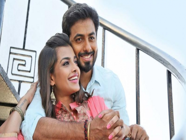 Nagesh Thiraiyarangam gets 19 cuts and U/A