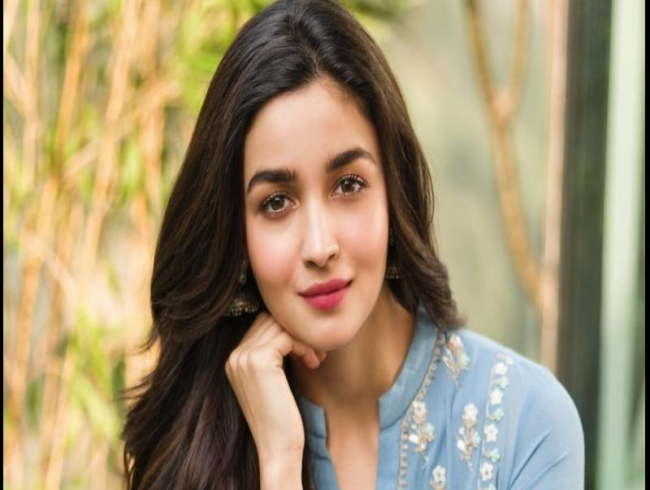 Soni Razdan's heartfelt message for Birthday girl Alia Bhatt