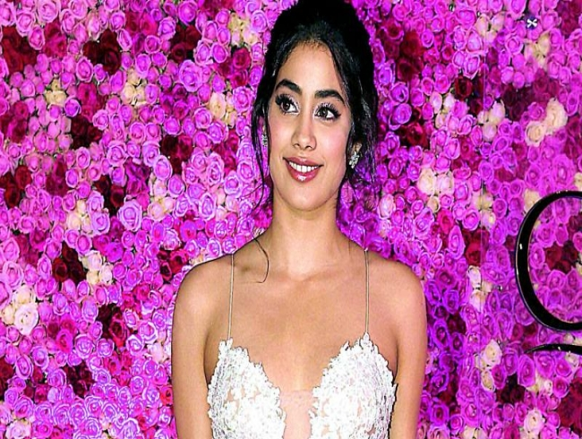 Keen to do a film on mental health: Janhvi Kapoor