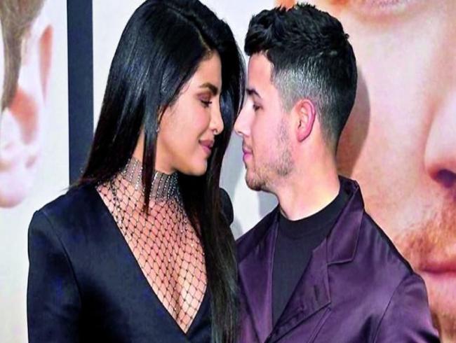 Priyanka Chopra-Nick Jonas celebrate