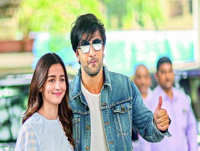 Alia Bhatt-Ranbir Kapoor clash averted