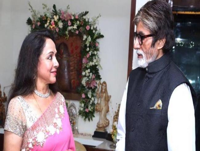 Hema Malini congratulates Amitabh Bachchan for bagging Dadasaheb Phalke Award