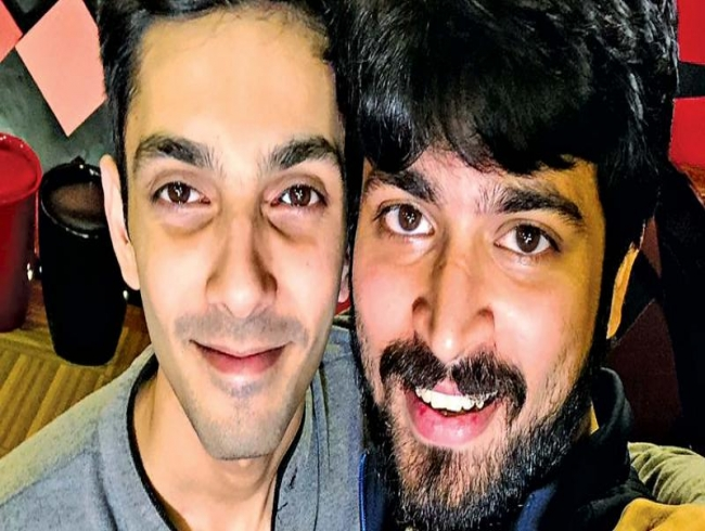 Anirudh renders a melody for Ispade Raja
