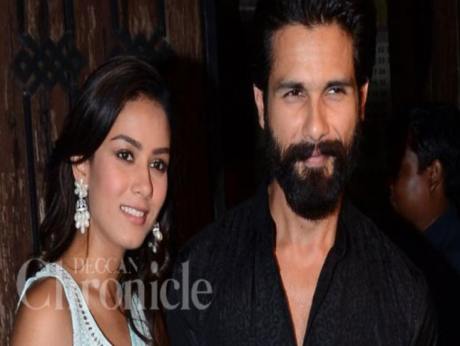 Mira turns model for hubby Shahid Kapoor as he tries his hand at photography!