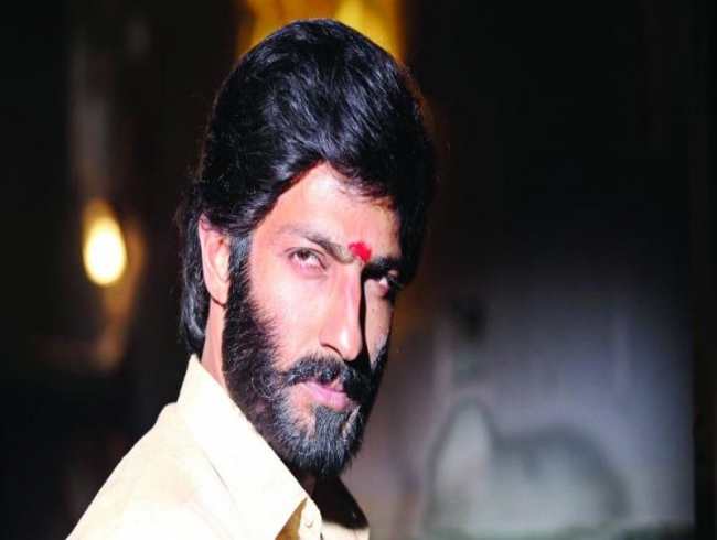 Harish Uthaman is unrecognisable!