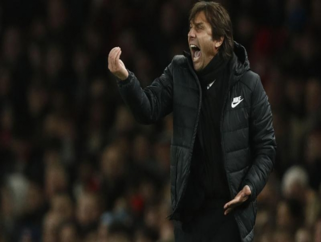 Premier League: Abramovich, Chelsea to keep faith with under-fire boss Antonio Conte