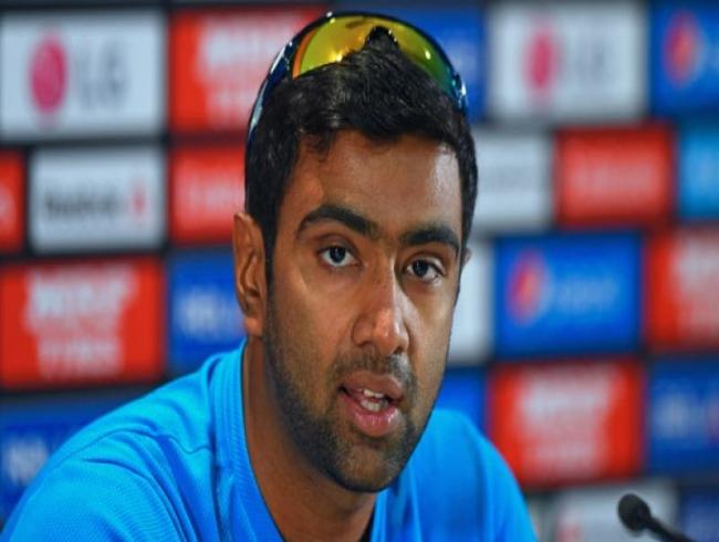 R Ashwin, Harsha Bhogle condemn stone-pelting incident on Australia team bus