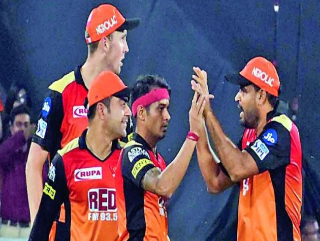 IPL 2018 SRH vs MI: SRH win a thriller