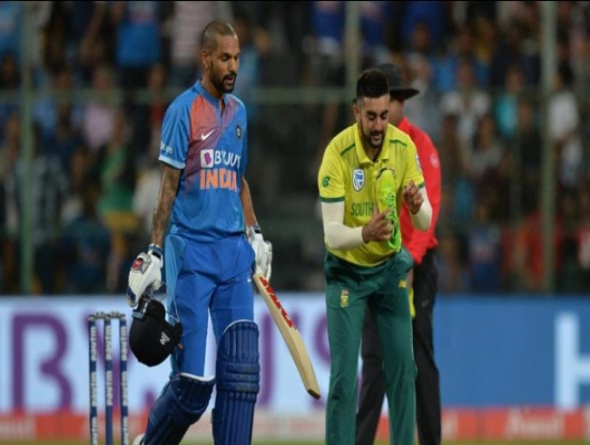 Tabraiz Shamsi shares pic with Shikhar Dhawan, gives a nice caption