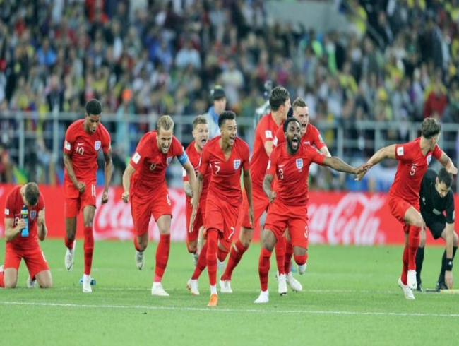 England win ensures European team in final
