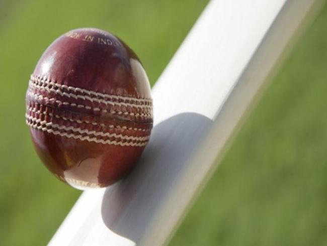 Struck by lightening, 21-year-old aspiring cricketer dies on field in Kolkata