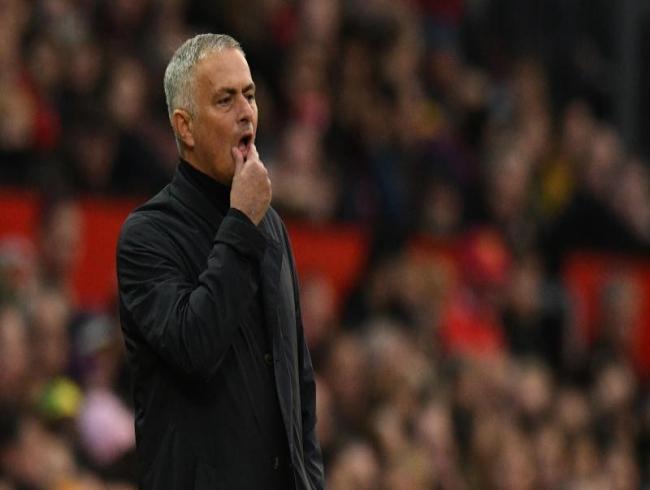 Premier League: Man Utd's Jose Mourinho faces FA probe over touchline comments
