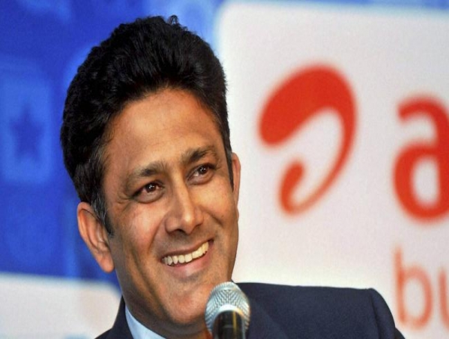 Cricket fan's dream comes true after meeting Anil Kumble in same flight; see more