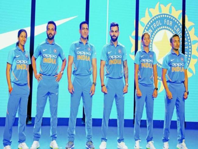 Brand new kit for bold blue