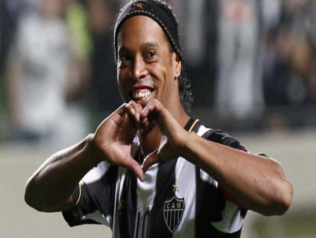 Brazil and Barcelona football legend Ronaldinho to marry 2 women at same time