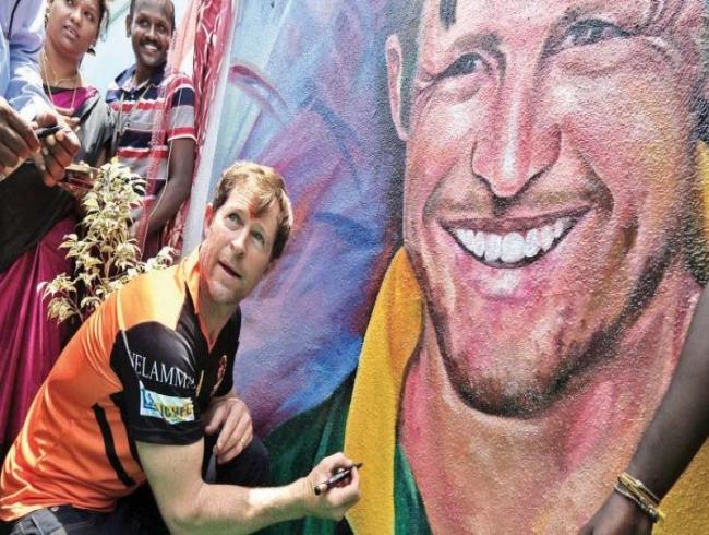 Jonty's road to fielding skill: Play different sports