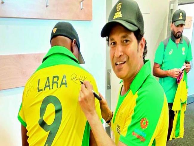 Sachin, Lara turn back clock in charity match