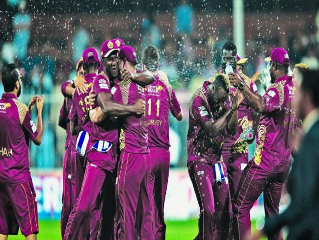 Warriors thrash Pakhtoon for T10 title