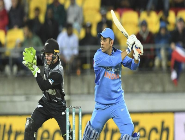 New Zealand vs India 1st T20: MS Dhoni creates forgettable record after heavy defeat