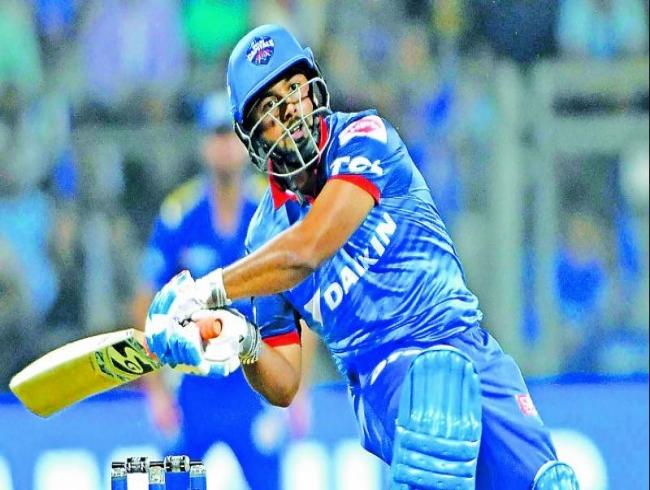 IPL 2019: Rishab Pant leaves Mumbai Indians Panting