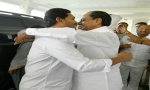 Jagan Meets KCR